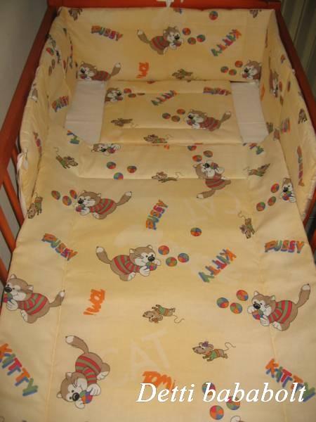 Bébi ágynemű szett 3 részes - Cicás - Detti gyerekágynemű és Bambi ... 2da1f14fea