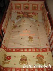 Bébi ágynemű szett 3 részes - Maci sapkában