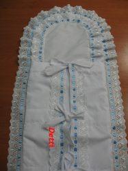 Pólyahuzat dupla fodros - kék szalagos madeira csipkével