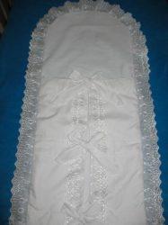 Pólyahuzat - fehér madeira csipkével